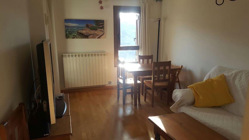 Habitación doble privada en Cerler - cerler - Departamento