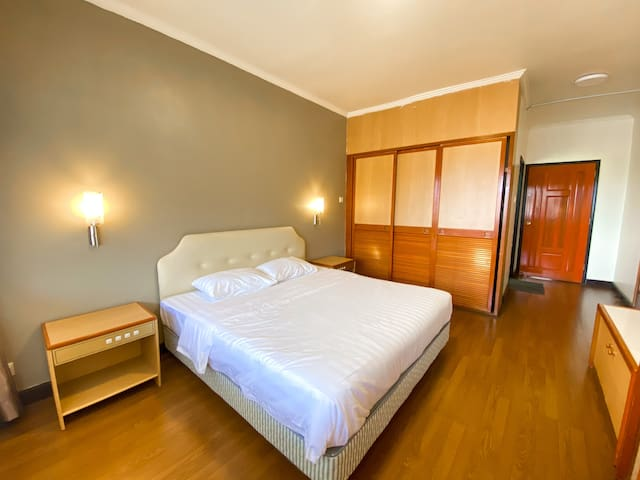 ★ Promo Luxury ★ Spacious Cozy Apartment Hotel