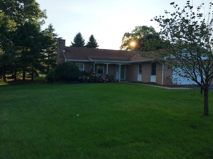 Spacious ranch home near Penn State