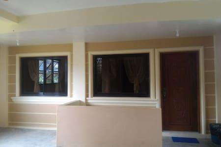 JCALM Transient house-Baguio City - Baguio - Apartament