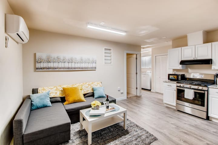 Pet friendly, Cozy, and newly remodeled in SE PDX!
