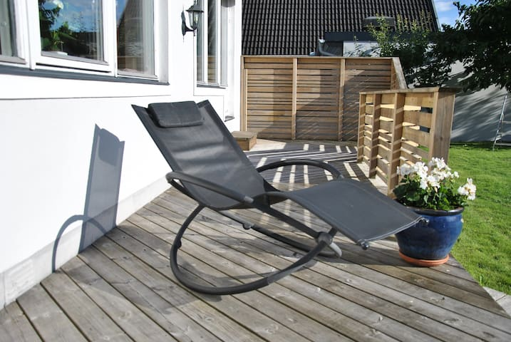 Rymlig villa perfekt belägen nära natur o city - Helsingborg - Vila