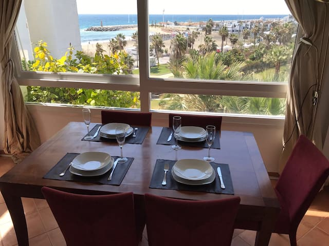 Sea views apartment Puerto Banus