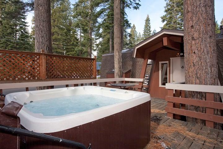 Agate Bay Home - Pool Table, Hot Tub