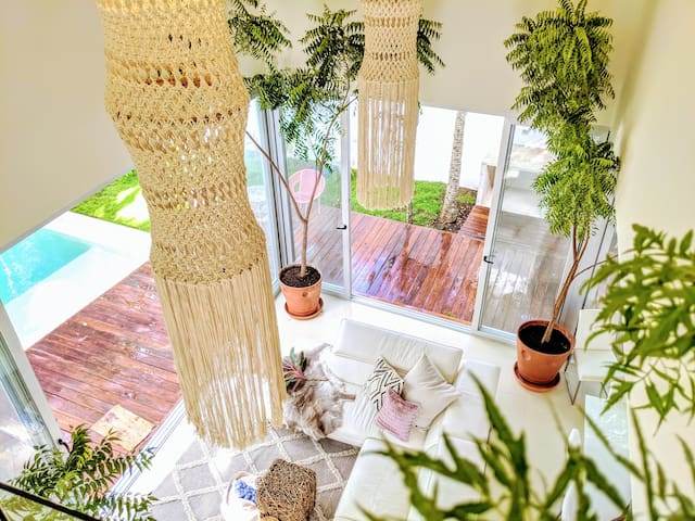 NEW UPDATEJungle Villa❤️with 30' ceilings❤️Private
