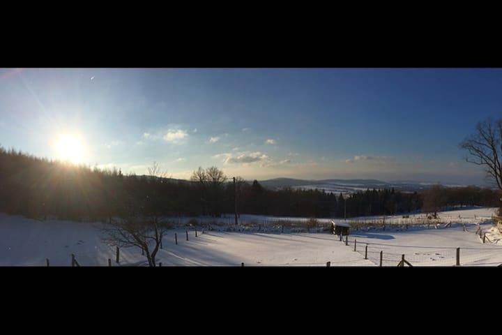 """Willkommen in der Bergbaude """"Schöne Aussicht"""" - Wilthen - Bed & Breakfast"""