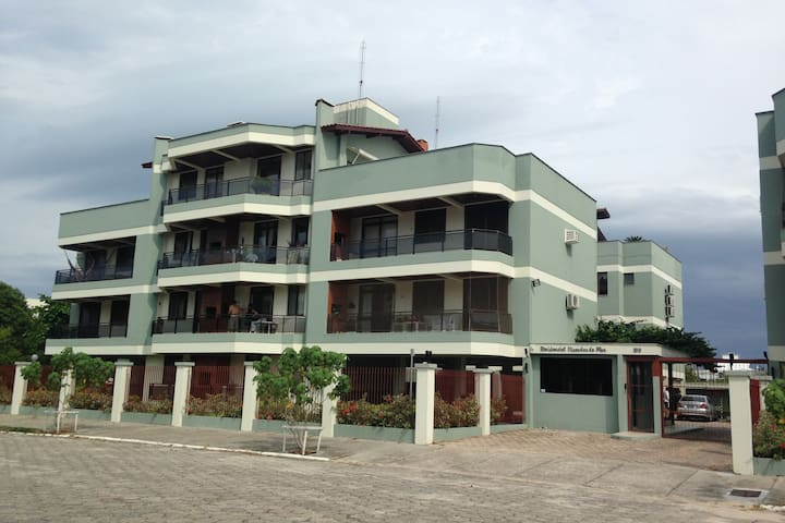 Apto 250 mts da Praia dos Ingleses, Wi-Fi, TV cabo - Florianópolis - Apartment