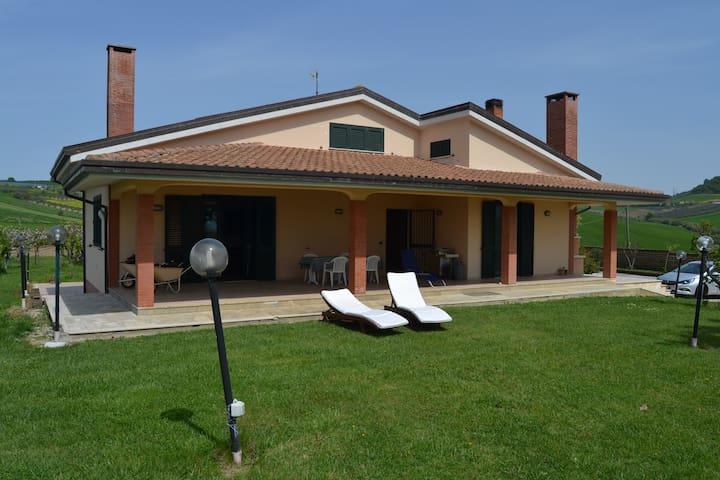 Splendida struttura di campagna - Villa San Giovanni - Rumah