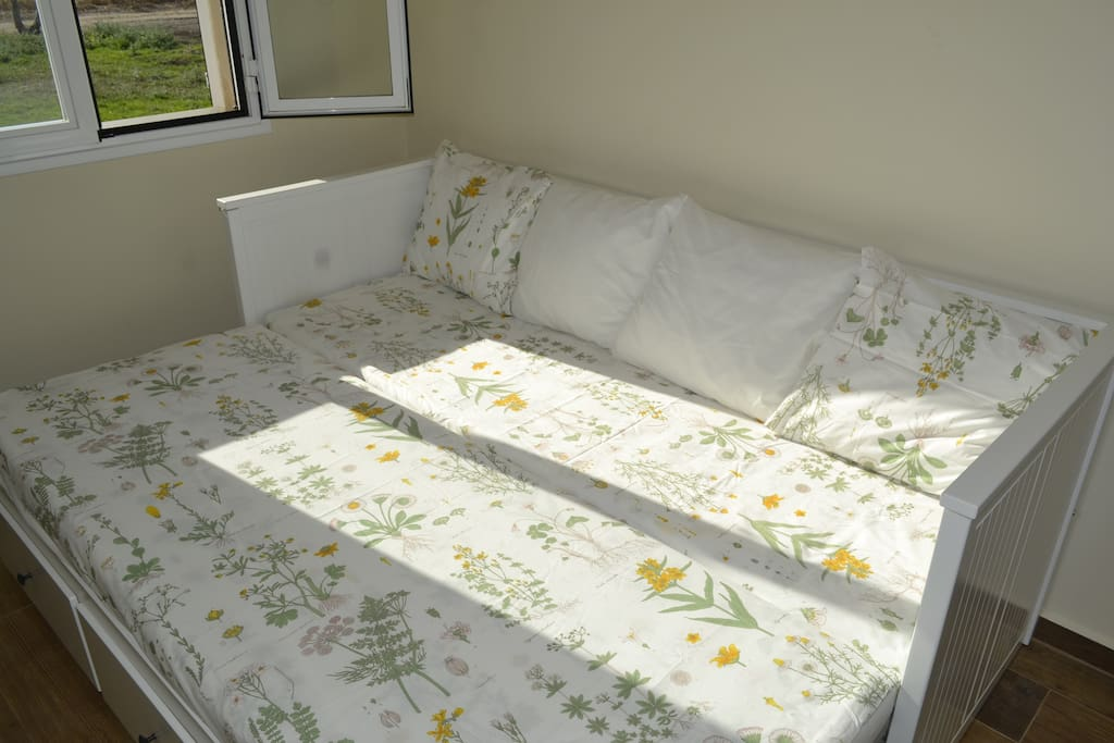 Sabanas 100% algodón. Dormir en esta habitación es un placer.