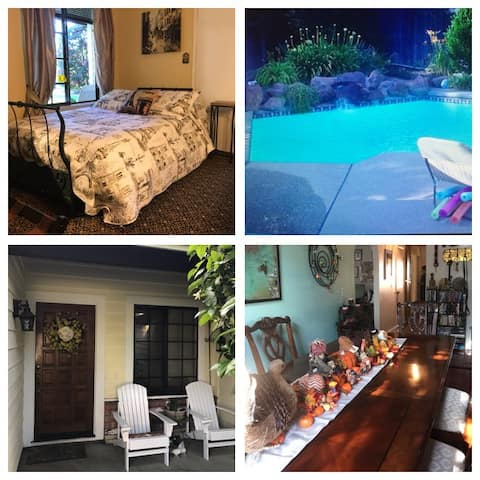 Cozy private rooms near Downtown/airport/Bus/train