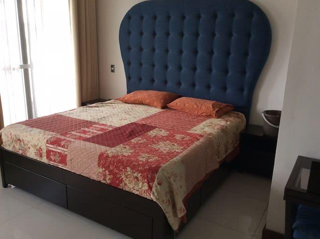 Luxury condo perfect location
