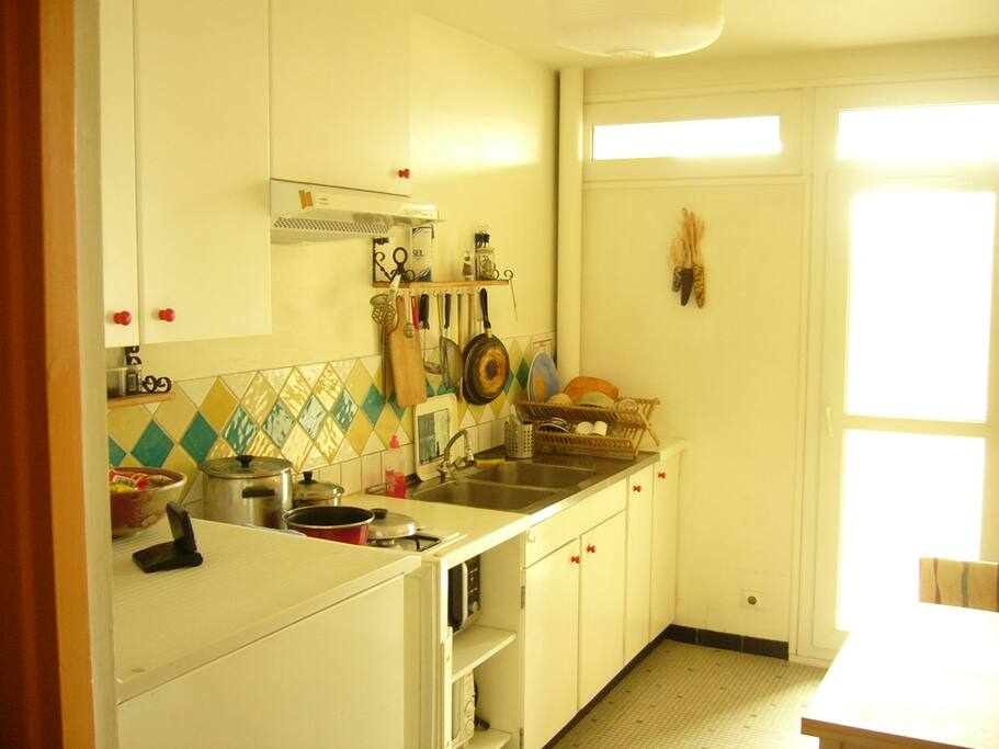 Fully equipped, convenient kitchen