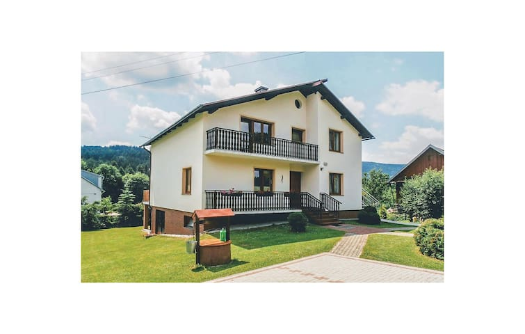 Holiday apartment with 3 bedrooms on 90 m² in Grybòw