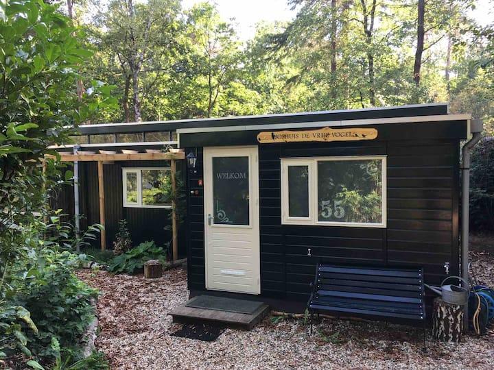 Luxe, vrijstaande bungalow midden in de natuur