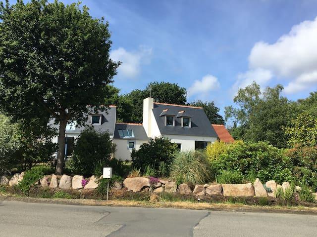 maison au calme sur la côte de granit rose