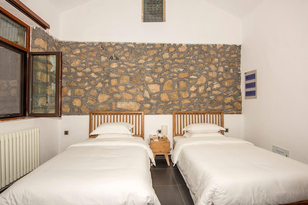 庭院舒适双床房