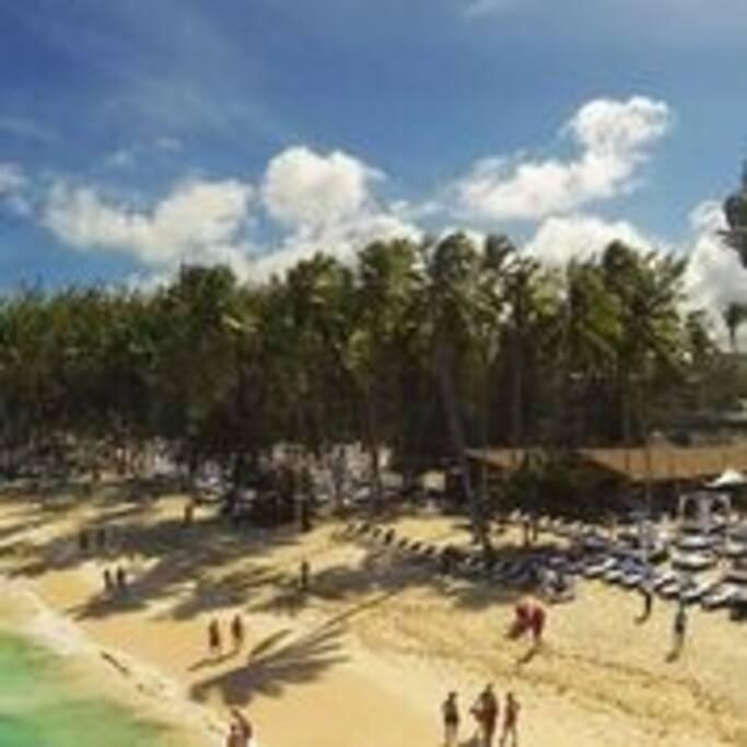 Los Corales Beach
