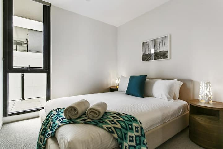 Premier One Bedroom Apartment - 2 Night Minimum