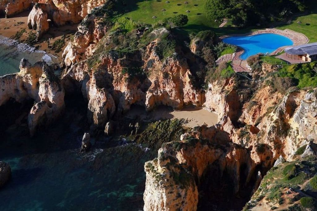 View from above to Prainha's Atlantic pool