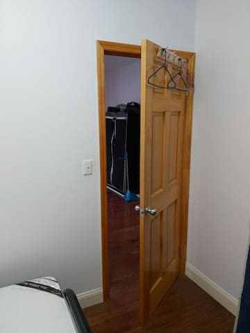 One cute room for rent !