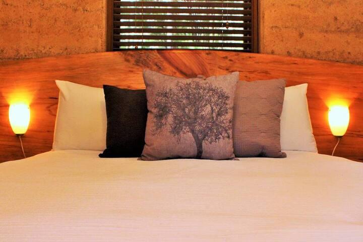 Comfy queen beds