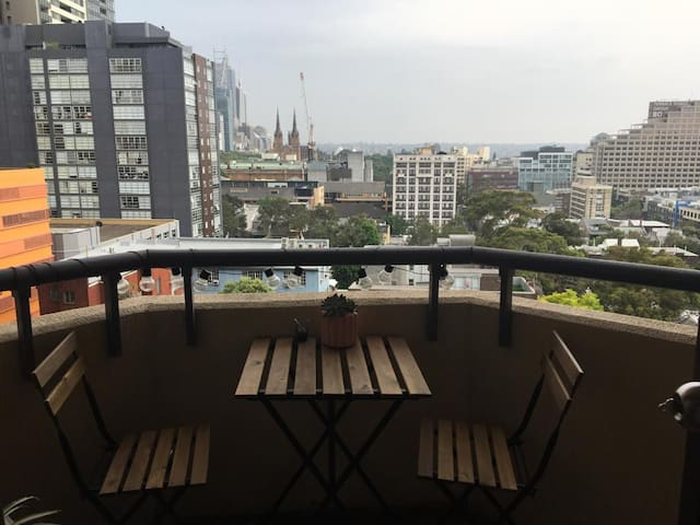 Single room in the heart of Sydney