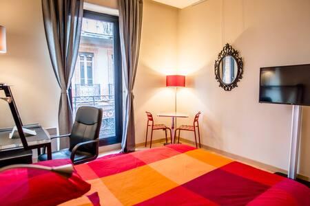 Appartement Hypercentre dans immeuble Toulousain - Toulouse