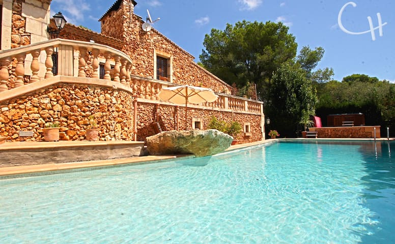 Lovely villa with private beach - Son Servera - Huis