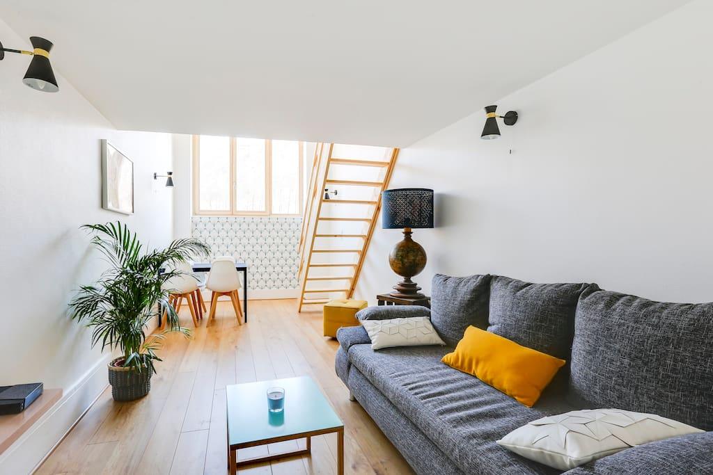 loft proche gare centre parking vue bastille lofts for rent in grenoble auvergne rh ne. Black Bedroom Furniture Sets. Home Design Ideas