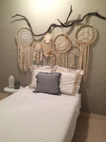 Habitacion linda  ideal para SOLO Traveler - Playa del Carmen - House