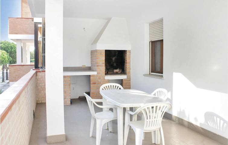 Holiday apartment with 1 bedroom on 33 m² in Lido degli Scacchi FE