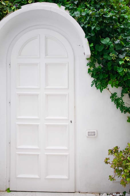 Porta interna dal giardino