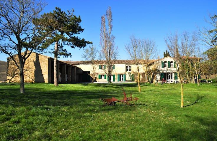 Aude, France, Laval-bassette, gîte Pierre, N°232.