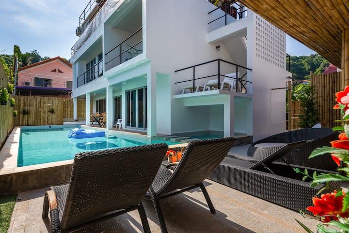 Spacious 1 BR Apartment w/ Pool access near beach