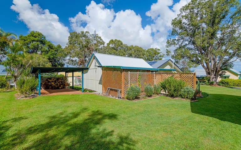 Ashby Cottage on the Yamba/Iluka Hinterland