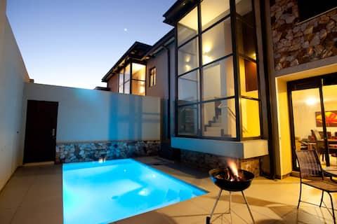 Jakkalsdraai Luxury Apartment