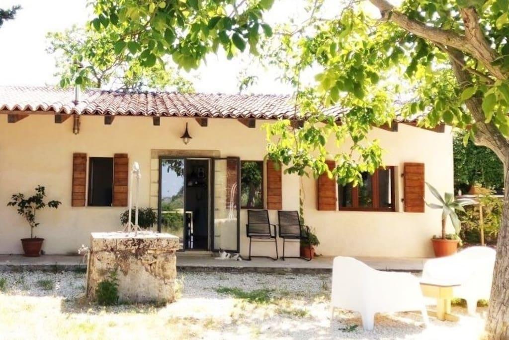 Casa in campagna ville in affitto a palazzolo acreide for Case affitto palazzolo