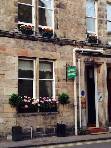 Doune Guest House single room