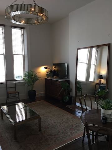 Bright Airy 2 Bed Apt Notting Hill