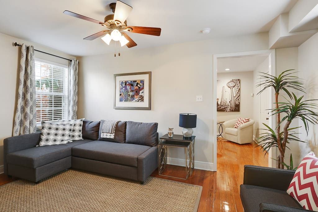 Beautiful 1 Bed 1 Bath In The Heart Of Treme Apartments For Rent In New Orleans Louisiana