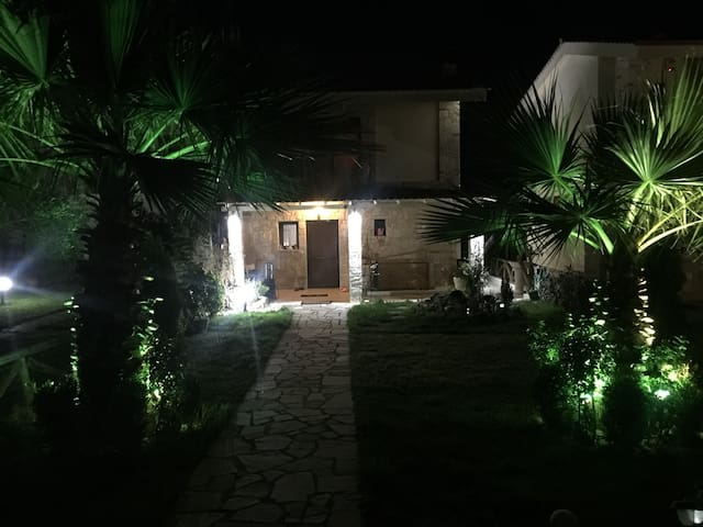 Villa next to the beach - Παλιούρι - Casa