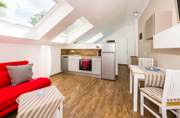 Moderne Wohnung 10 km zu Darmstadt Waldrand