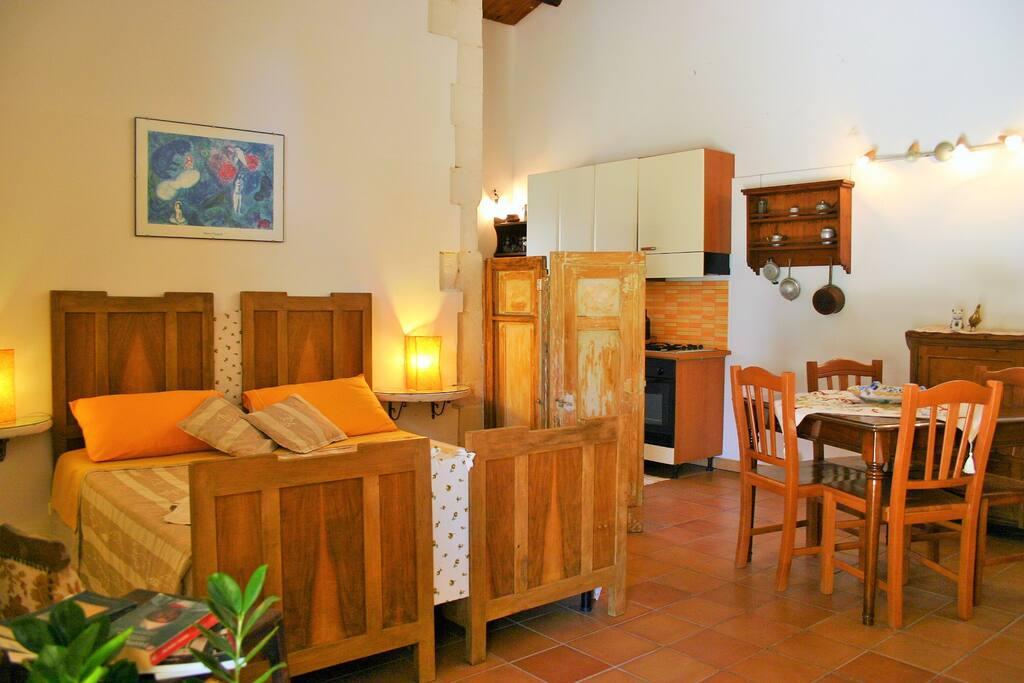 Apartment with Mediterranean theme