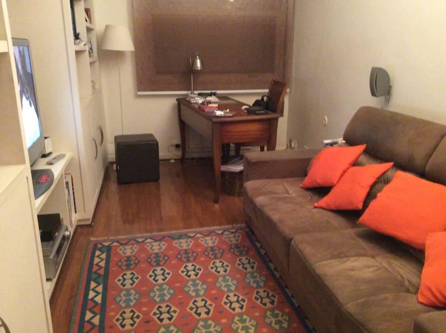 Quarto e home office(2) (sofá cama para casal)