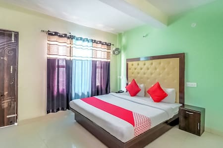 Prithvi Resort (Deluxe Four Bedded Room With Balcony)