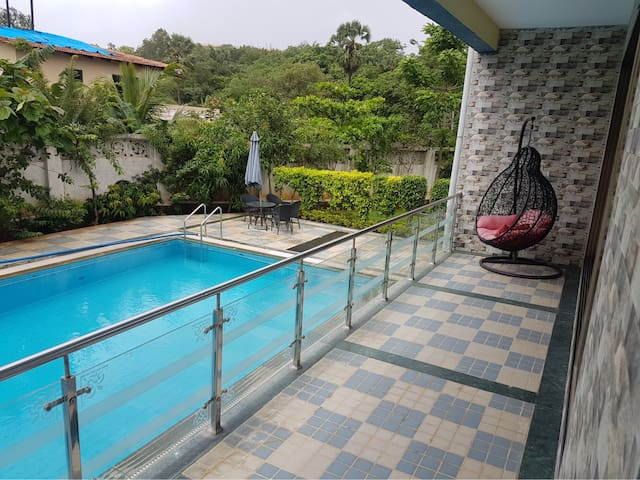 Gorgeous bungalow with private swimming pool