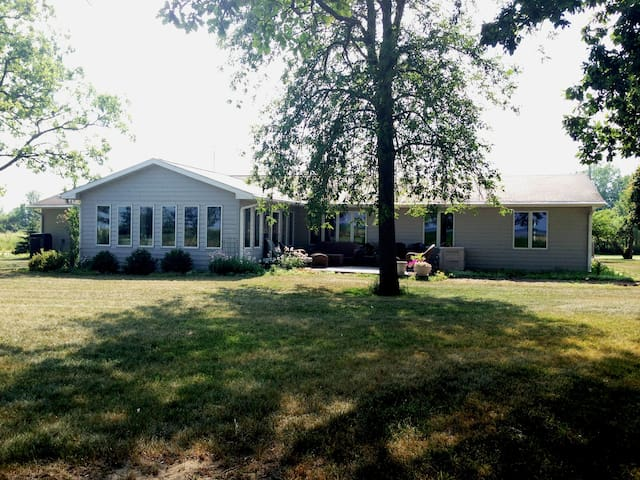 Private Home On Lake Huron - Pinconning - Dom