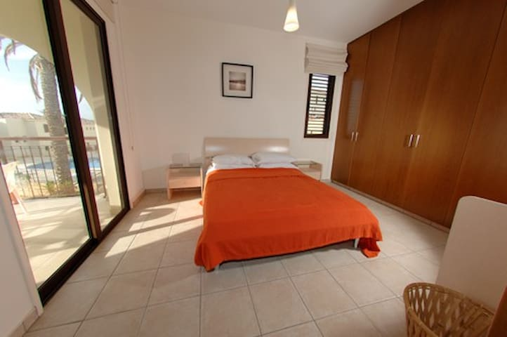 1 bed modern apartment in rural area near to sea - Mazotos