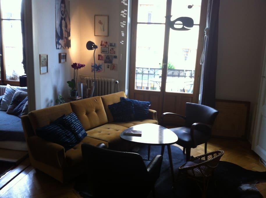 salon - bureau (canapé-lit 1 place)