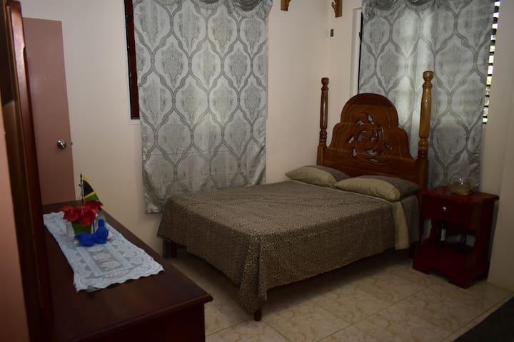 Jannada Cottage